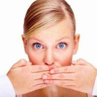 Почему лучше промолчать, даже, если вашим мнением заинтересовались? 7 правил на все случаи жизни!