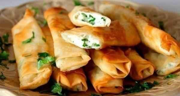 Сырные палочки из лаваша - быстрая закуска на все случаи жизни!
