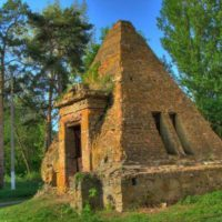 Легенды полтавских пирамид: 10 интересных фактов!